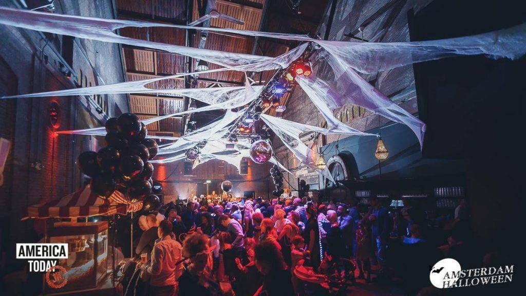 happy power halloween feest organiseren